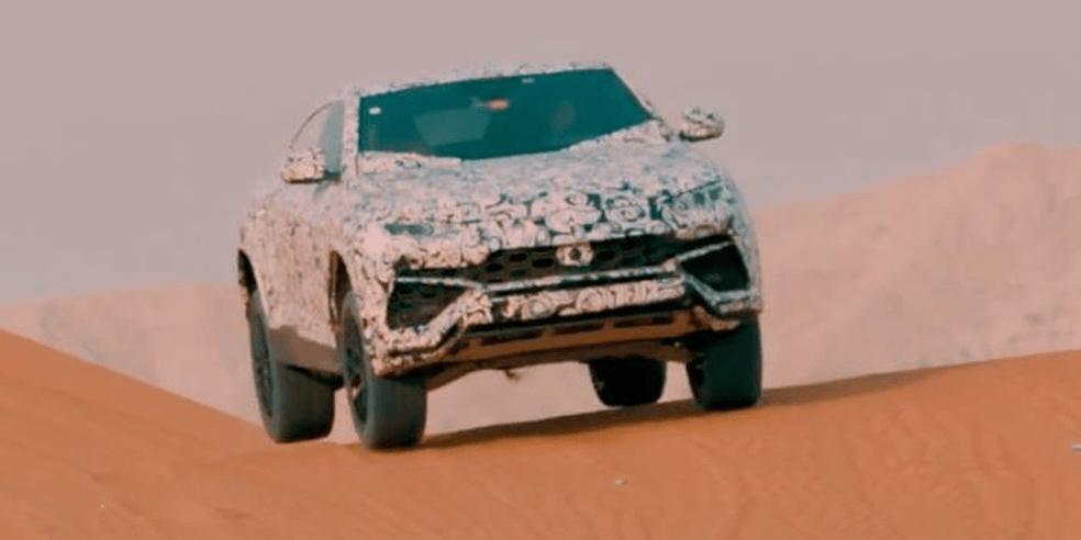 Lamborghini lança SUV Urus no deserto