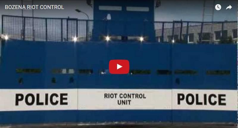Bozena Riot, veículo feito para controlar multidão