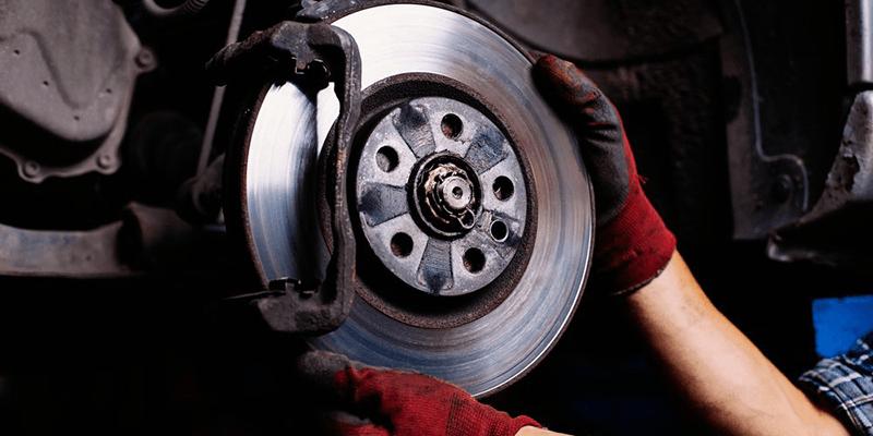 Quais são os todos os tipos de freios que existem e como eles funcionam?